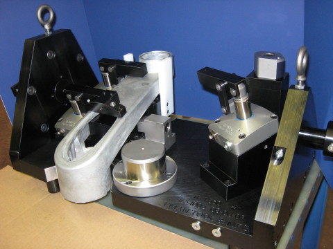pneumatic clamping workholding fixture